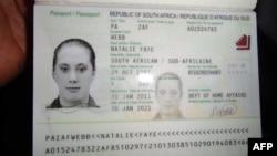 Fotografia e britanikes Samantha Lawthwaite në pasaportin e falsifikuar të Afrikës Jugore