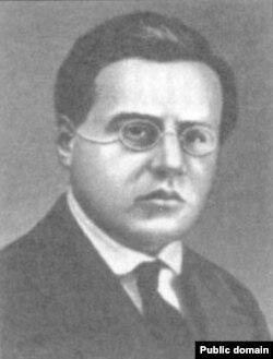 Борис Волин