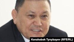 Самовыдвиженец Жаксыбай Базильбаев, представляющийся главой «Народного антикоррупционного комитета».