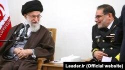 دبیر شورای عالی امنیت ملی روز چهارشنبه با آیتالله علی خامنهای، رهبر جمهوری اسلامی ایران دیدار کرد.