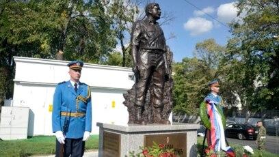 Inauguracija spomenika Milanu Tepiću, Beograd, rujan 2017.