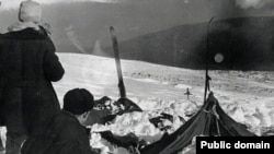 The tent belonging to the group, as it was discovered on February 26, 1959