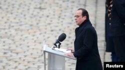 Францускиот претседател Франсоа Оланд на комеморацијата.