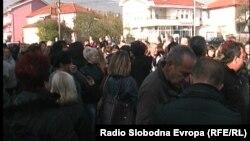 Протест на родители на ученици во Кичево поради тоа што нема греење во училиштата.
