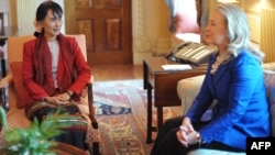 U.S. Secretary of State Hillary Clinton (right) meets with Burmese Member of Parliament and democracy icon Aung San Suu Kyi in Washington, D.C.