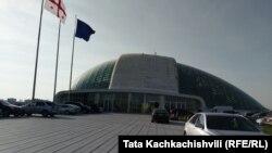 Здание парламента Грузии в Кутаиси