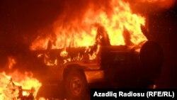 Азербайджан – Подожженный автомобиль в Исмаиллы, 24 января 2013 г.