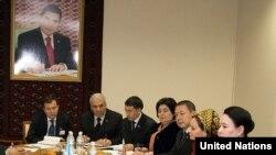 Заседание в Институте демократии и прав человека (архивное фото)