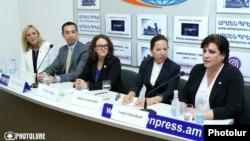 Пресс-конференция членов Американского комитета «Ай дат» в Ереване, 31 июля 2019 г.