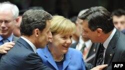 В Брюсселе европейские лидеры договорились не о выделении помощи Греции, а о том, как такая помощь может быть оказана, если греческое правительство за ней обратится