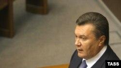 Янукович попытался стать президентом, опробовал себя в премьерах, а теперь может заняться и спикерством