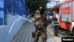 Թուրքիայի ոստիկանության հատուկջոկատային, արխիվ