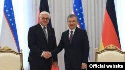 Президент Германии Франк-Вальтер Штайнмайер (слева) и президент Узбекистана Шавкат Мирзияев. Ташкент, 28 мая 2019 года.
