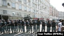 В день инаугурации Владимира Путина ОМОН перекрыл улицы