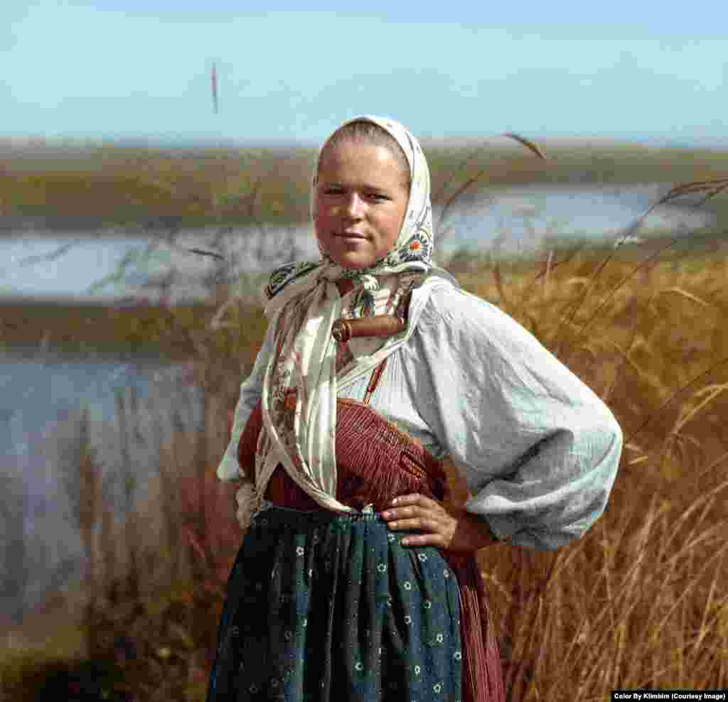 Юная колхозница, 1914-1916