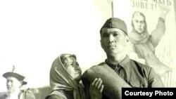 """Әмина Өмірзақова """"Ана туралы аңыз"""" фильмінде. Алматы, 1963 ж."""