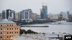 Pamje nga kryeqyteti Baku në Azerbajxhan