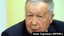 Сеильбек Калаков, депутат алматинского городского маслихата. Алматы, 16 октября 2012 года.