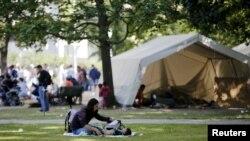 Камп за азиланти во Берлин