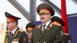 Аляксандр Лукашэнка на парадзе