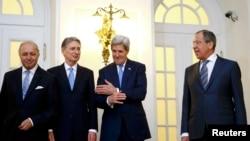 Laurent Fabius, Philip Hammond, John Kerry i Sergei Lavrov u Beču 24. novembra