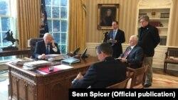 Дональд Трамп телефонує Володимиру Путіну, Білий дім, 28 січня 2017 року
