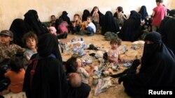 ИМ тобунун согушкерлеринин үй-бүлө мүчөлөрү, Ирак, Тал-Афар, 30-август, 2017