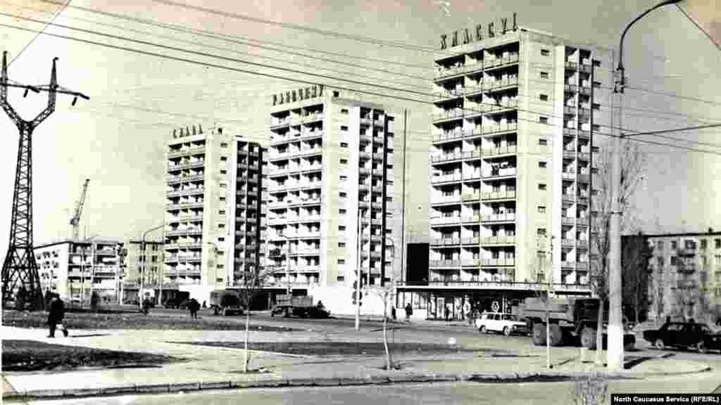 Дома по проспекту Калинина,ныне пр. Имама Шамиля, вторая половина 1970-х гг.