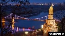 Ваша Свобода   Українська церква: в очікуванні томоса