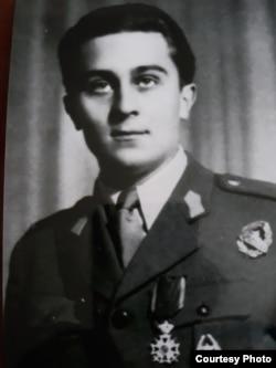 Mircea Carp în 1944