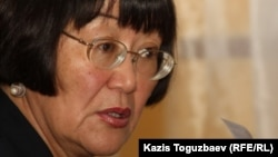 """Президент общественной организации """"Аман саулык"""" Бахыт Туменова. Алматы, 21 октября 2011 года."""