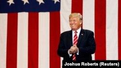 Дональд Трамп у горадзе Фінікс, штат Арызона. 22 жніўня 2107 году