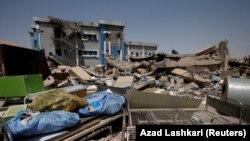 Разрушенный во время войны с боевиками ИГ родильный дом в восточной части Мосула. 15 августа 2017 года.