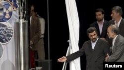 Президенту Ирана показали новую центрифугу