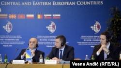 Delegacija BiH predvođena Vjekoslavom Bevandom na Samitu u Beogradu