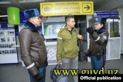 Сотрудники «спецпатруля» в аэропорту Ташкента.