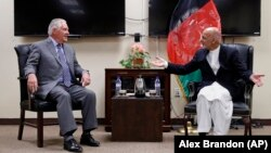 Американскиот државен секретар Рекс Тилерсон на средба со авганистанскиот претседател Ашраф Гани