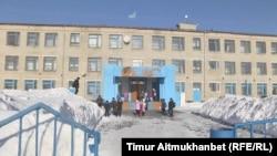 Школа в селе Парамоновка. Павлодарская область, 31 января 2017 года.