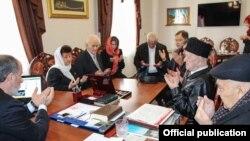Кырым мөфтие Әмирали Аблаевның зыялылар белән очрашуы
