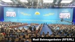 """""""Нұр Отан"""" партиясының 17-құрылтайы. Астана, 29 қаңтар 2016 жыл."""