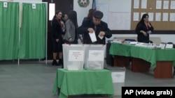 Досрочные парламентские выборы в Азербайджане