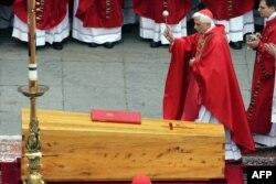 Joseph Ratzinger Roma papası olmağa doğru