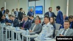 Рөстәм Миңнеханов Шэньчжэньда полиция бүлегендә