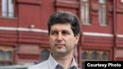 Активист Марк Гальперин