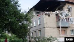 Разрушенный дом в Горловке. Июль 2015 года. Иллюстративное фото