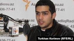 Cabbar Savalanlı AzadlıqRadiosunun Bakı bürosunda, 27 dekabr 2011