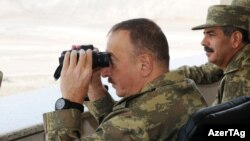 Ադրբեջանի նախագահը հետևում է զորավարժություններին, 26-ը հունիսի, 2014թ․