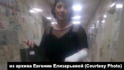 Евгений Елизарьева после посещения мирового суда в Красноярске