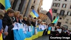 Українці Італії підтримали батьківщину, Рим, 16 березня 2014, фото Олесі Татарин