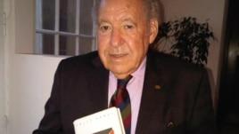 Соломон Перель со своей книгой